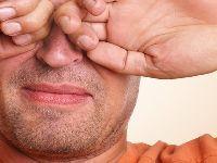 Campanha mundial alerta: coçar os olhos prejudica a visão. 33393.jpeg