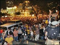 As ruas dizem que falta política com P maiúsculo. 18396.jpeg