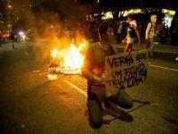 As esquerdas e as revoltas globais. 22415.jpeg