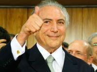Brasil: O novo ministério assume... e se confunde. 24417.jpeg