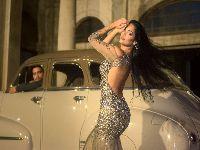 Ex-BBB Mayara Motti posa glamorosa em ensaio para revista com veiculação no exterior. 26419.jpeg