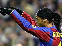 Ronaldinho mostra que o gingado e a alegria estão de volta