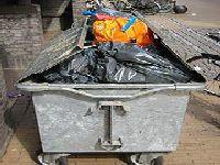 Até quando vão obrigar São Pedro da Cova a conviver com lixo tóxico?. 30422.jpeg