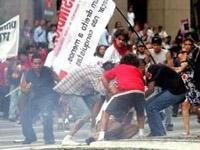 Brasileiros protestam contra visita de Bush
