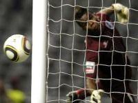 Nilson, ex jogador do Vitoria é astro do futebol no Irã. 20423.jpeg