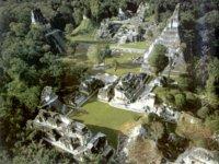 Guatemala: Sítios arqueológicos maias continuam sendo saqueados