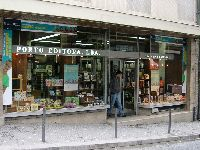 Fenómeno climatérico extremo destruiu a unidade gráfica da Porto Editora. 28431.jpeg