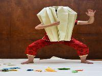 Origamis com música e dança com cores. 26459.jpeg