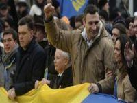 Ucrânia: Os 'assessores' norte-americanos do candidato Vitali Klitschko. 19464.jpeg