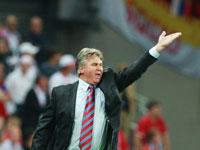 Chelsea quer o técnico holandês seleção russa Guus Hiddink