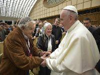 Estado de exceção: Enquanto o papa Francisco incentiva as lutas sociais, o Brasil as reprime. 25488.jpeg