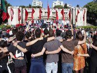 Milhares comemoram o 1.º de Maio por todo o País. 26489.jpeg