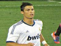 Cristiano Ronaldo: 'mereço a Bola de Ouro todos os anos'. 19498.jpeg