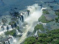 Mais de 6,4 milhões de turistas estrangeiros visitaram o Brasil em 2014. 22518.jpeg