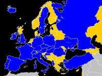 A Eurocopa 2016 em Andamento, com um Show de Can-Can!. 24522.jpeg