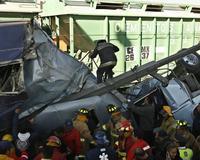 Pelo menos 21 mortos  na colisão entre trem e ônibus em México
