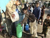 Palestinos sofrem com a falta de água que é roubada por Israel. 23530.jpeg