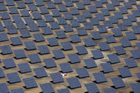 Maior central de energia solar começa a funcionar  em Portugal