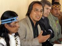 Sigourney Weaver participa de protesto contra Belo Monte em Nova York
