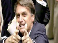 Há um golpe militar em marcha no Brasil, alerta Vladimir Safatle. 29605.jpeg