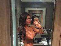 Musa do Vasco, Jamila Sandora posa nua para mostrar resultados de luta no corpo. 25615.jpeg
