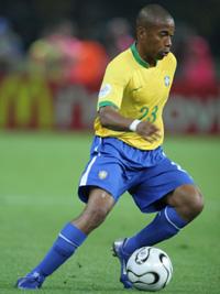 Caso Robinho:Real corre o risco de ser punido pela Fifa