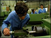 Cem novas escolas técnicas em 2009