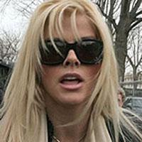 Anna Nicole Smith morreu pela mistura fatal de medicamentos
