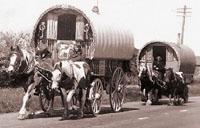 Demoldas as barracas ciganas