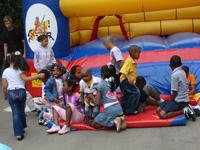 Embaixada de Angola na Rússia festeja dia da criança africana