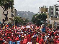 Verdadeiros venezuelanos estão nas nas ruas defendendo Nicolás Maduro. 26671.jpeg