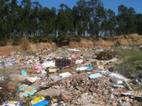 Menina recém-nascida deitada em lixeira em São Gabriel (RS) permanece internada
