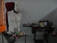 Figurinos, adereços e objectos cenográficos: A Escola da Noite faz venda de sub-palco no TCSB. 25688.jpeg