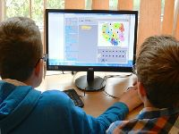 Especialistas discutem EaD e tecnologia na educação básica. 27692.jpeg
