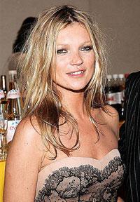 Kate Moss quer US$ 300 mil para assistir a desfile no Brasil
