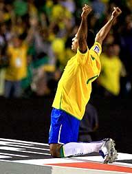Sem brilho Brasil venceu Uruguai na qualificação para Copa do Mundo