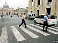 Vaticano apresenta os 10 Mandamentos para o motorista