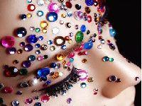 CARNAVAL: Maquiagem com bioglitter também tem risco. 32714.jpeg
