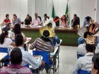 Lideranças Suruí afirmam ao presidente da Funai que não querem mais o projeto de carbono em suas terras. 21724.jpeg