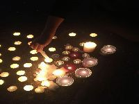 Vigília no 24º dia da greve de fome de Claude Mangin, esposa de preso político saharaui. 28755.jpeg