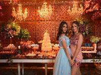 Apresentadora Karol Veiga faz festão de 15 anos para filha Luma. 30765.jpeg