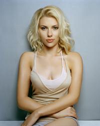Scarlett Johansson costuma se submeter a exames de HIV duas vezes por ano