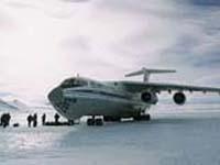 Iliushin-76 aterrissou no Antárctico dirigido por sistema GLONASS