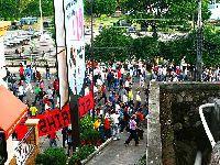 Crise mantém-se nas Honduras, mesmo com polícias em greve. 27807.jpeg