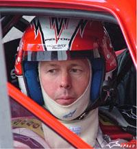 Famoso piloto Colin McRae  e seu filho de 5 anos morreram num acidente