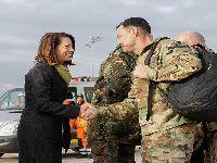 Na Europa fechada pelo vírus, a União Europeia abre as portas ao exército USA. 32816.jpeg