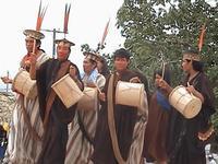 Indígenas bolivianos lançam filme sobre atuação de grupos económicos