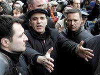 Kasparov liberado pela polícia