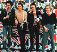 Sex Pistols se reunem  no dia 8 de novembro
