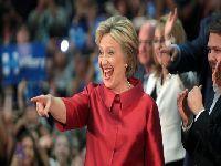 Ex-chefe da CIA e defensor da tortura apóia Clinton e Democratas comemoram. 24889.jpeg
